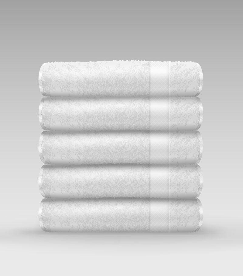 白色折叠毛巾