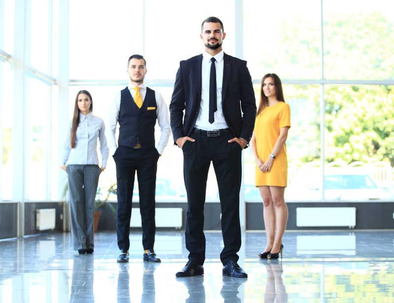 专业的商业团队