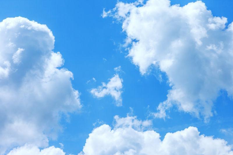 美丽的云朵图片-天空上洁白的云朵素材-高清图片-摄影照片-寻图免费打包下载