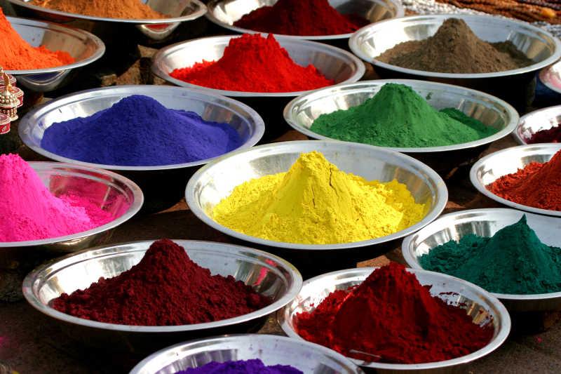 印度丰富多彩的蒂卡粉