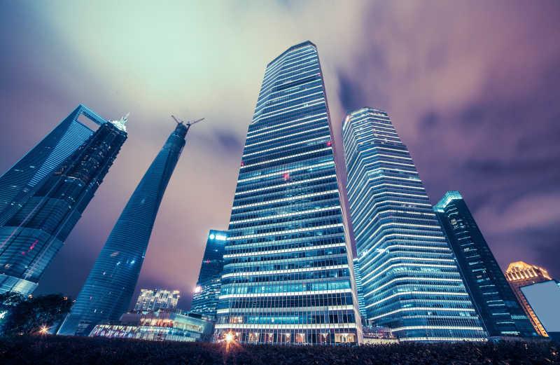 上海现代摩天大楼夜景