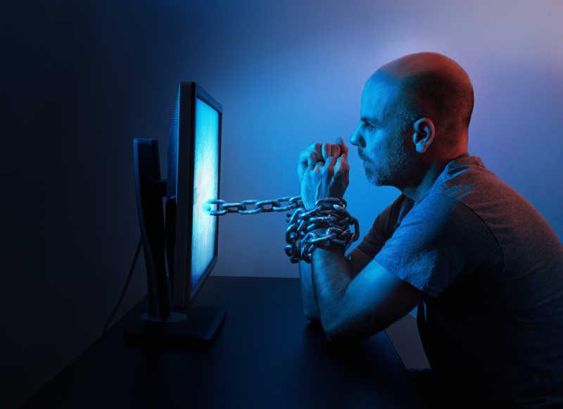 计算机连接的人