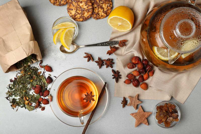 一壶水果茶