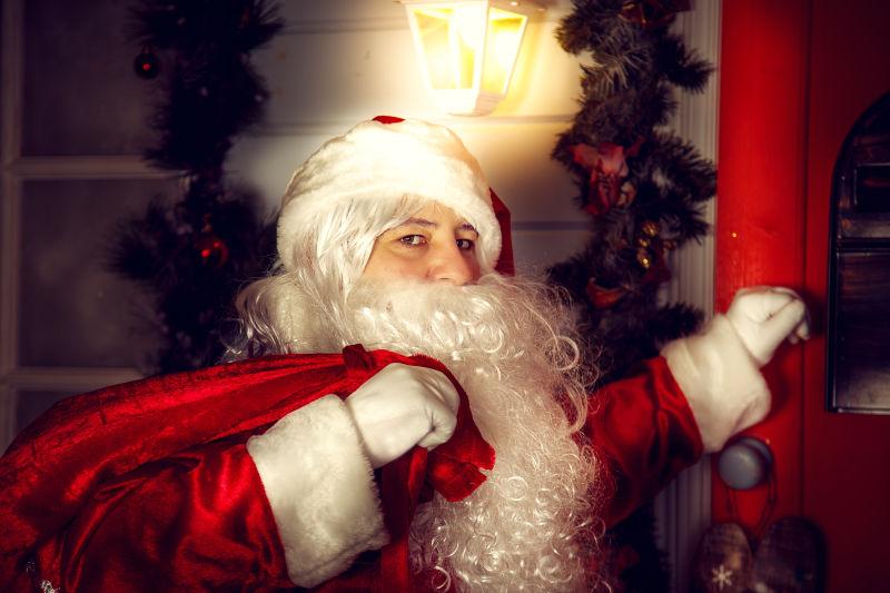 圣诞老人准备派送礼物