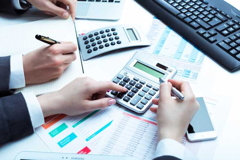 商业会计数据分析