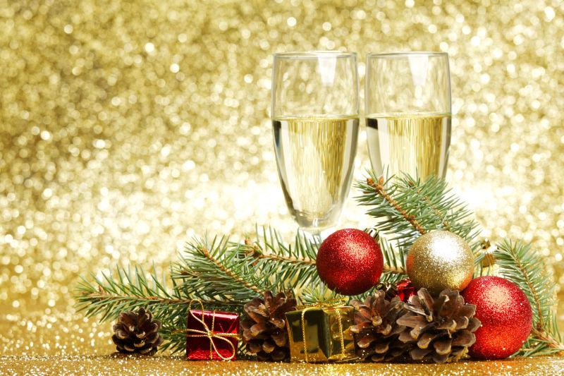 香槟和装饰品