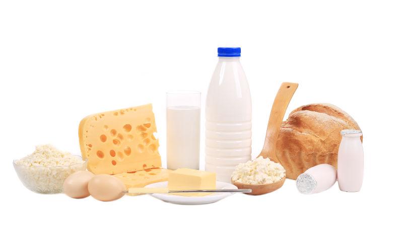 丰富的乳制品和奶制品早餐